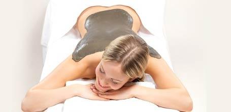Applicazioni di fango maturo doc certificato e doccia termale terapeutica rivitalizzante